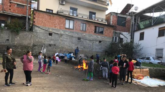 Albanië Comité Huizen gaat noodhulp verlenen in getroffen aardbevingsgebied